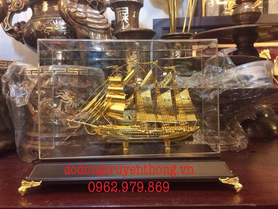 địa chỉ bán mô hình thuyền buồm mạ vàng 24