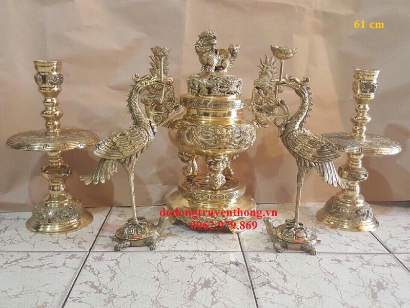 Đỉnh đồng ngũ sự đại phát gồm 5 món và dùng cho bàn thờ cỡ lớn