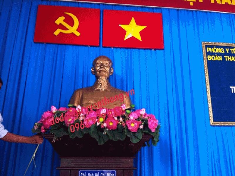 tượng bán thân bác hồ 80 cm bằng đồng đỏ để hội trường uỷ ban