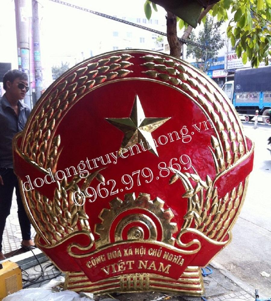 quoc huy 1,4m lam bang dong vang nguyen chat duc thu cong truyen thong