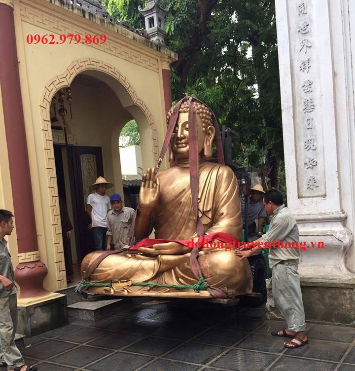 vận chuyển lắp đặt tượng phật bằng đồng tại chùa